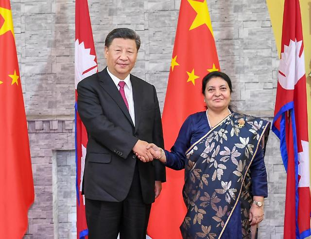 시진핑 광폭 외교 행보... 모디와 회동 후 네팔 대통령과 만나 협력 강화