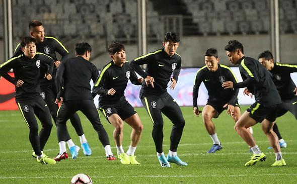 世界杯预选赛韩朝对决直播告吹