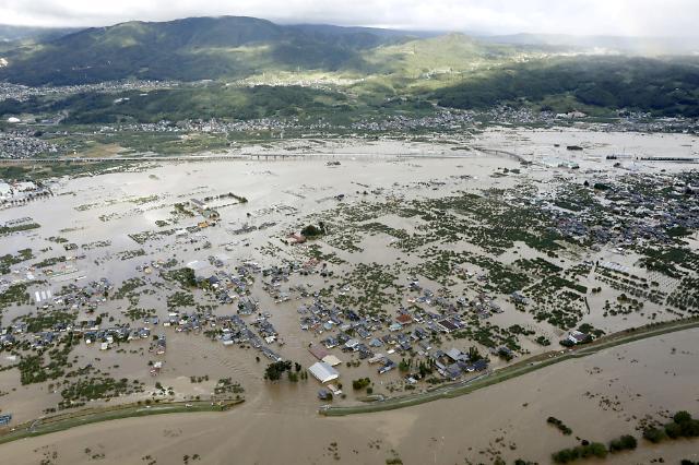 日 태풍 사망·실종자 모두 73명…최소 1만가구 침수