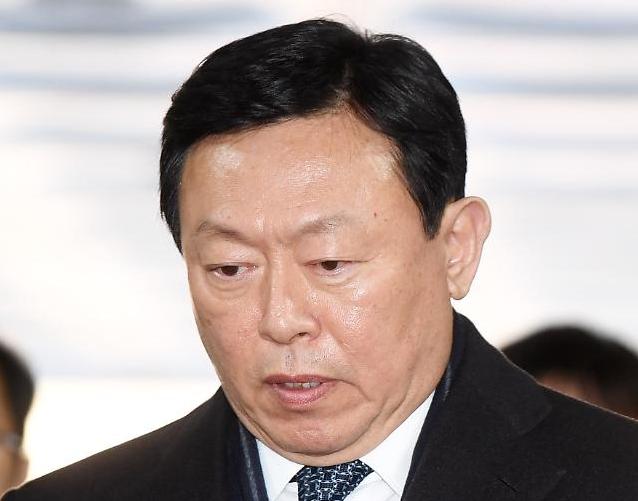 '운명의 날' 맞은 롯데그룹…뇌물·횡령 신동빈 회장 오늘 대법 선고