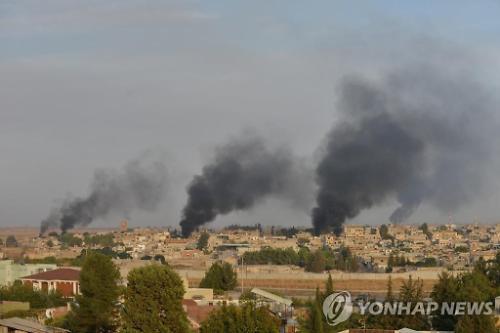 터키 휴전에도 시리아 국경지대 포성 계속