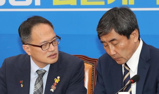 """이종걸 """"공수처법, 황교안 같은 사람 조사하는 법""""…한국당 """"야당 대표에 대한 패악질"""""""