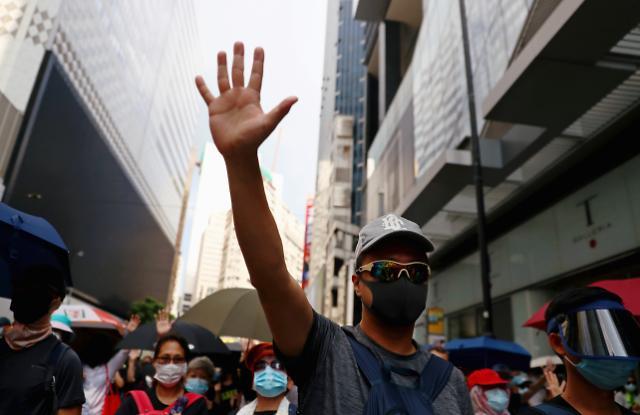 [NNA] 홍콩 폴 찬 장관, 경제대책 제3탄 검토