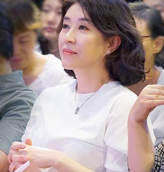 """뽀빠이엔터 업무 종료...배우 김미경 """"여러가지 사정 있지만"""""""