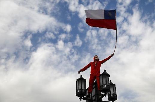 智利宣布取消APEC会议与气候大会
