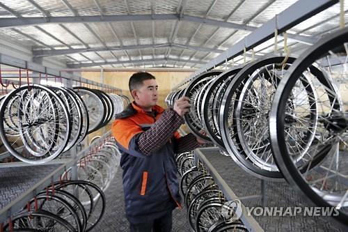 세계의 공장 중국 제조업 경기 6개월째 위축 국면(종합)