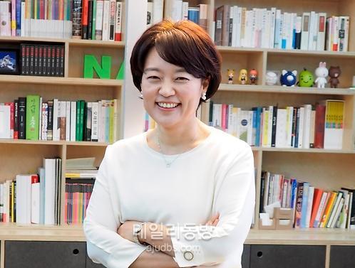 [데일리人] 한성숙 대표, '네이버파이낸셜' 출범...금융서도 녹색바람?