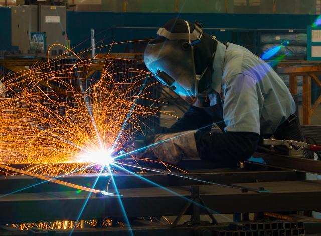 중국 10월 차이신 제조업 PMI 51.7..3개월째 확장세