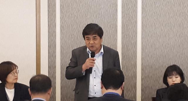 """广播通信委员长韩相赫找到解决""""虚假新闻""""和""""AI时代反作用""""对策……明年启动民间中心"""