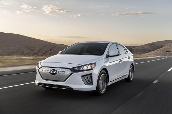 Hyundai to introduce 13 new alternate fuel vehicles by 2022