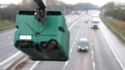 .Researchers develop AI technology to identify fuzzy vehicle numbers on CCTV.
