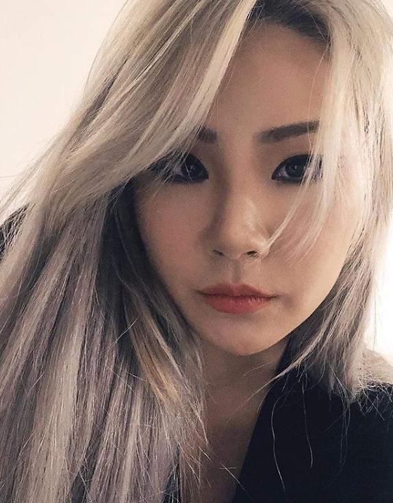 CL se plaint que YG Entertainment ne pense quà largent ? - K-GEN