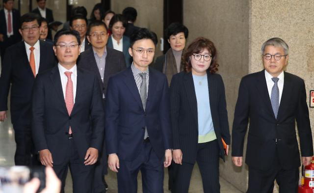 한국당, 인재 영입 기준·절차 보완 나선다