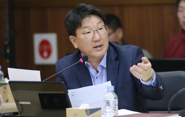 """권성동, 황교안에 문자메시지…""""통합단장에 원유철 안 돼"""""""