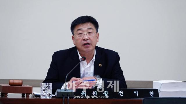 충남도의회 전익현 의원, 노인요양원 등 재난취약계층 보호 '온힘'