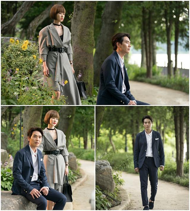 SBS '시크릿 부티크' 김선아-김태훈, 상처 입은 두 영혼의'애틋 절절 등 뒤 로맨스 현장
