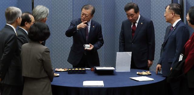 올해 16번째 PK 방문한 文, 김정은 언급 안 했지만…실무진 가능성 닫지 않았다