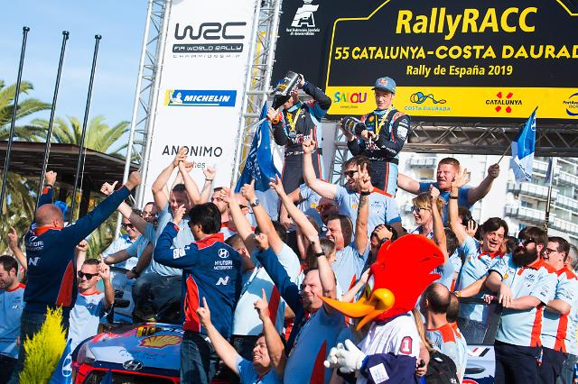 현대차 월드랠리팀, WRC 종합 우승 달성…한국팀 최초