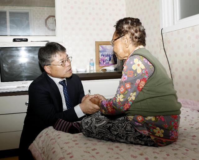 홍인성 인천 중구청장, 상수(上壽) 어르신 찾아봬