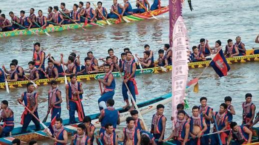 [NNA] 캄보디아 물축제 기간 프놈펜 방문객 약 480만명