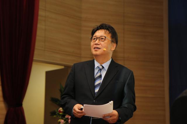 """민병두 """"60세 이후의 삶, 여생 아닌 본생""""...북콘서트 성황"""