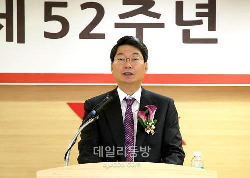 광동제약 자사주매입…최성원 부회장 지배력 확대 편법?