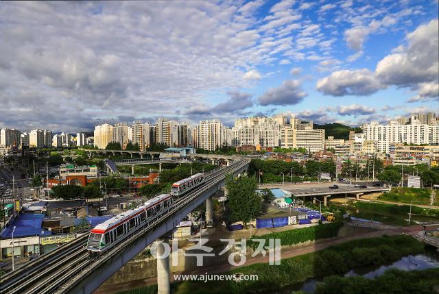 의정부시, 사진공모전 수상작 발표…최우수 의정부 랜드마크 경전철
