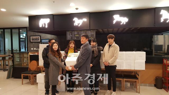 한국마사회 의정부지사 '사랑의 김장 나눔 한마당' 김장김치 전달식