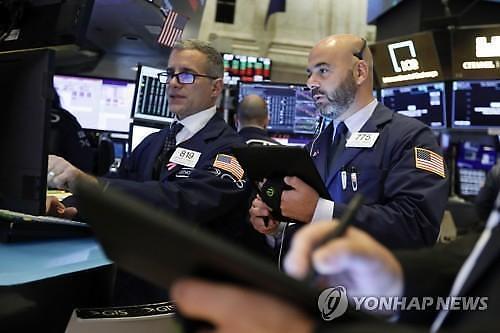 [글로벌 마켓]엇갈린 무역협상 소식에 시장 혼조세…다우 0.11% 상승