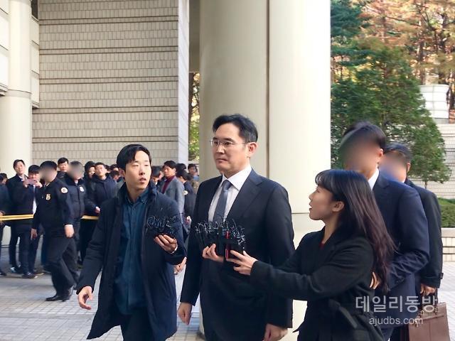 이재용, 손경식 CJ회장 증인신청…'수동적 뇌물' 전략