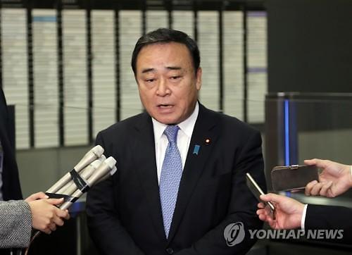 """日경제산업상 """"한국과 대화 재개 이외 합의한 것 없어"""""""