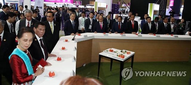 [11월 27일 조간칼럼 핵심요약]  차기 총리 '경제통'에게 맡기고 자율권 주라