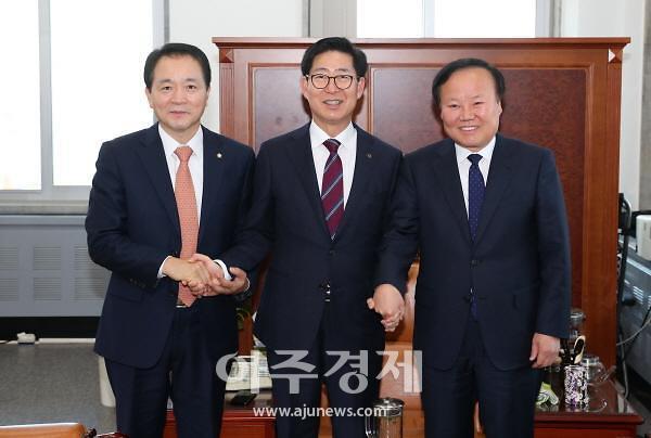 양승조 충남지사, 정부 예산 확보 위해 '구슬땀'
