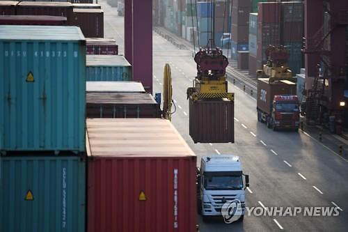 중국 제조업 경기, 7개월만에 예상 밖 확장 전환