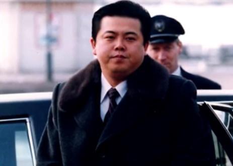 김정은, 숙부 김평일 위험 인물 판단했나... 이례적 소환