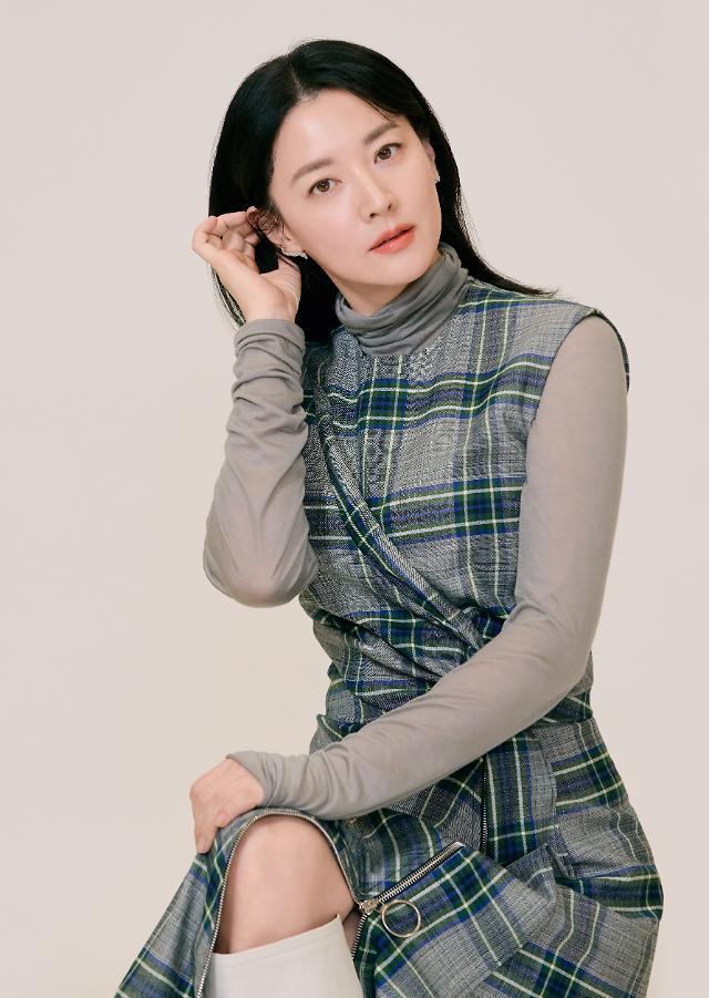 [인터뷰] 나를 찾아줘 이영애 일할 수 있어 감사…배우·가정, 균형 잃지 않을 것