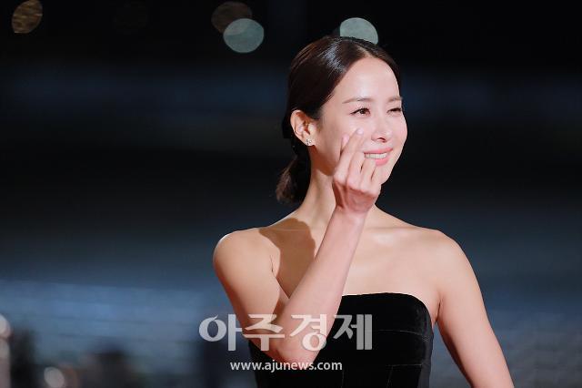 [슬라이드 화보] 청룡 여우주연상 조여정, KBS 새드라마 99억의 여자로 안방극장 도전