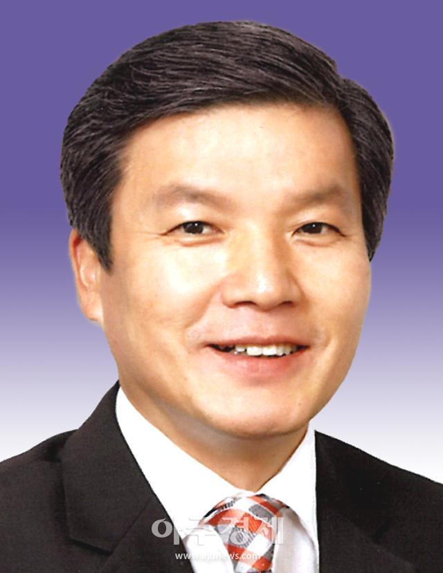 경북도의회 자유한국당 소속 원내대표에 정영길 의원 선출