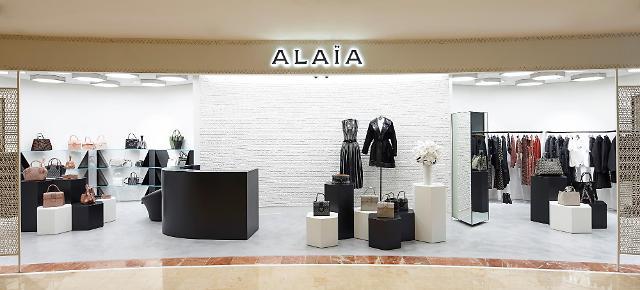 '퍼스트레이디룩' 알라이아, 압구정 갤러리아百에 첫 단독 매장 오픈