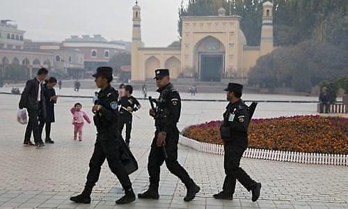 美国会通过新疆人权法 中国强烈谴责