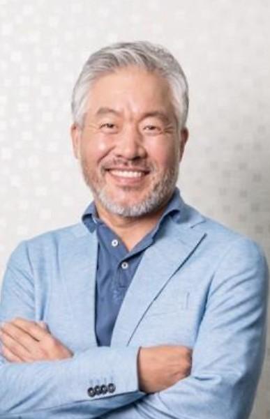 """[단독] 맘스터치 새주인 """"기존 임원들 15일까지 사표 내라"""""""