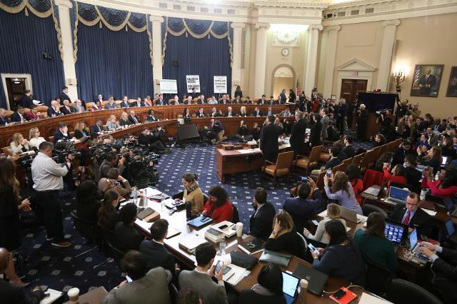 美탄핵조사 공청회 재개…법학자들 공방전 가열