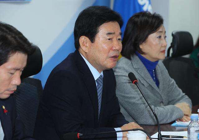 """김진표, 反개혁 비판에 """"경제 개혁 중심에 항상 참여"""""""