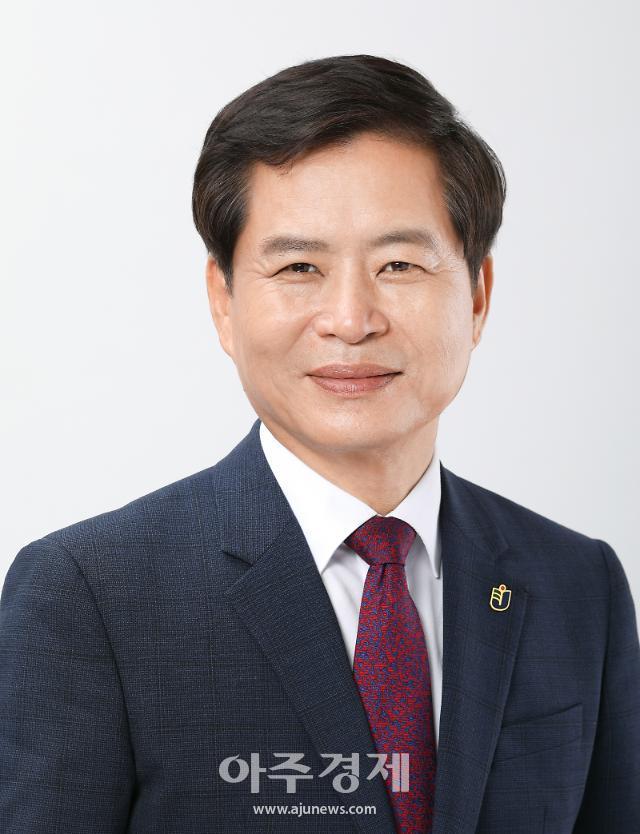장석웅 전남도교육감 직무수행지지도 7개월 연속 1위