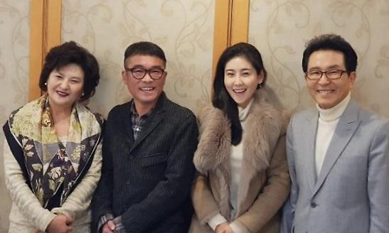 강용석, 김건모 성폭행 피해女 고소장 접수