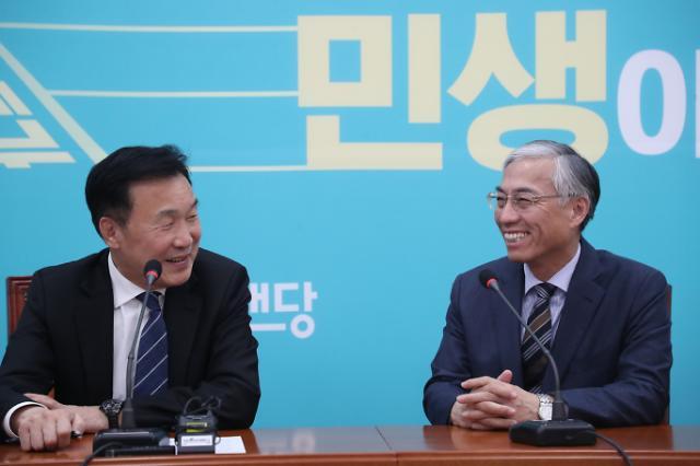 """추궈훙 중국대사, 손학규 대표에 이임 인사...""""한중관계 발전 큰 역할"""""""