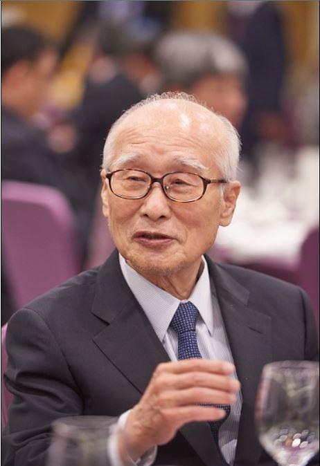 Former Daewoo Group Chairman Kim Woo-choong dies: Yonhap