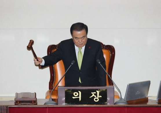 [속보] 내년도 예산안, 국회 본회의 통과…'4+1 협의체案'으로