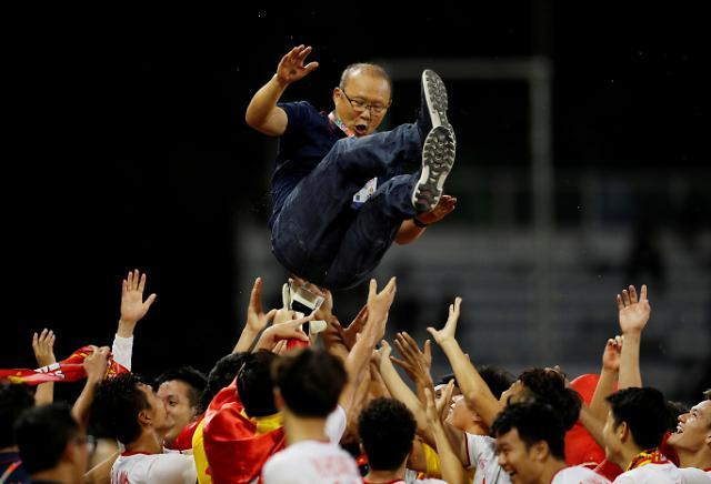 [슬라이드 화보] 박항서 매직 베트남, 인니 꺾고 60년 만에 SEA게임 첫 금메달