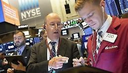 .[纽约股市收盘] 不顾关税炮弹延期的说法市场不安…连续两天下跌.
